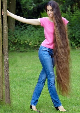 cl calf length cheveux longs jusqu 39 aux mollets adjocom. Black Bedroom Furniture Sets. Home Design Ideas