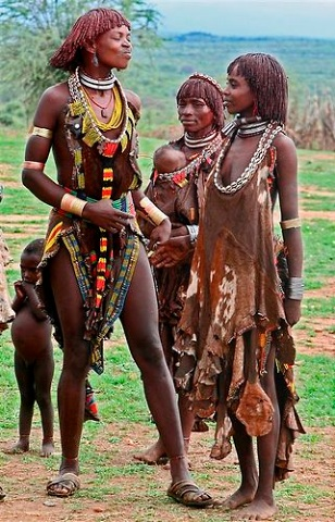 african tribe girl completely nude bottomless